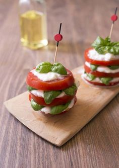 Photo de la recette: Millefeuille caprese tomate mozzarella basilic