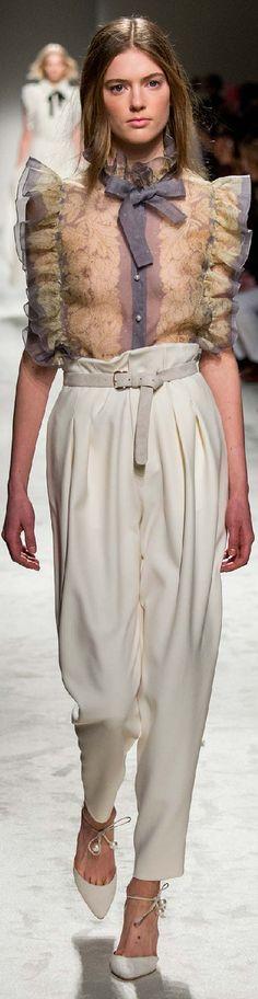 Fall 2015 Ready-to-Wear Philosophy di Lorenzo Serafini