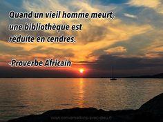 """""""Quand un vieil homme meurt un bibliothèque est réduite en cendres.""""  -Proverbe Africain  http://ift.tt/1V9s8wk"""