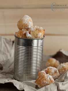 Sunchoke (Jerusalem artichoke) beignets - maybe substitute white flour with coconut flour to make paleo? Vegan Sweets, Vegan Desserts, Homemade Biscuits, Sugar Cravings, Beignets, Cookbook Recipes, Fabulous Foods, Food Inspiration, Sweet Recipes