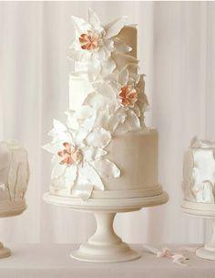 Elegant floral tiered cake