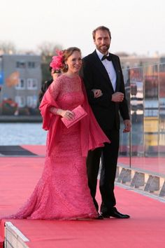 Princess Margarita of Bourbon-Parma and Tjalling Siebe ten Cate arrive at the Muziekbouw following the water pageant