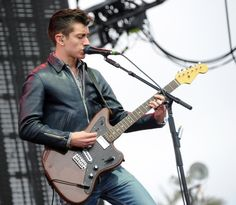 Alex Turner's Warmoth Jaguar Guitar