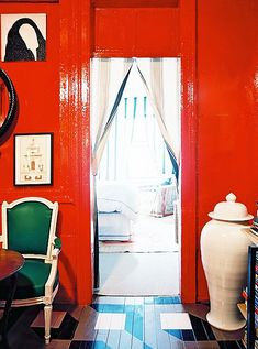 Throwback Home Tour: Nick Olsen's Tiny Red Apartment Red Home Decor, Home Decor Items, Painted Floors, Painted Floorboards, Red Rooms, Red Walls, Red Interiors, Love Home, Ginger Jars