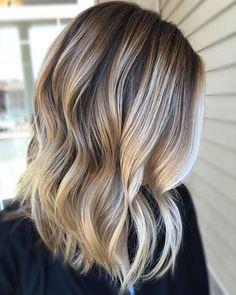 Ombre Colored Short Frisuren für den Sommer 2018-2019