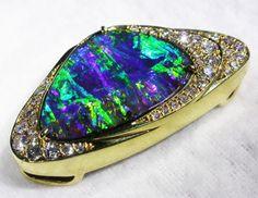 18 K STUNING GOLD  BOULDER PENDANT FROM QUILPIE opal pendant , opal set in gold pendant , opals and diamonds, boulder opal pendant