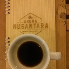 #coffee in mall. Malabar Mt, West #Java via #v60. Sweet palm sugar aroma, dark chocolate and beautiful plum acidity. Rp 26,423 at @caffelatazza aka Toko #kopi Aroma Nusantara.  #☕ #coffee #Indonesia