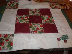 CARMENTELITAS: Como coser un bies o sesgo. Cozy, Quilts, Blanket, How To Sew, Quilt Sets, Blankets, Log Cabin Quilts, Cover, Comforters