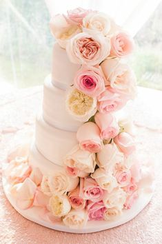 To see more: http://www.modwedding.com/2014/10/30/glamorous-rhode-island-wedding/