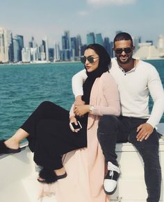 Pinterest: @adarkurdish Cute Muslim Couples, Muslim Girls, Muslim Women, Cute Couples, Arab Couple, Couple Beach, Couple Relationship, Cute Relationships, Muslim Fashion