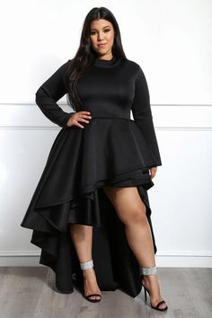 Get ready to glam! this plus size high-low dress features a High Low Prom Dresses, Evening Dresses Plus Size, Prom Dresses With Sleeves, Plus Size Dresses, Plus Size Outfits, Bridesmaid Dresses, Formal Dresses, Curvy Girl Fashion, Plus Size Fashion