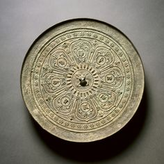 Mirror with Lotus and Mantra, 1271-1368 China, Yuan dynasty (1271-1368) bronze, Diameter: w. 22.30 cm Ancient Egyptian Art, Ancient Aliens, Ancient Greece, Bronze Mirror, Bronze Age, Chinese Element, Chinese Art, Buddha Sculpture, Sculpture Art