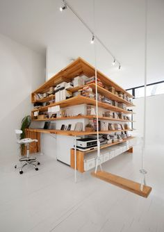 Спальня художника : Фотографии красивых вещей — мебель, интерьеры, архитектура