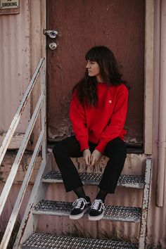 Get this look: http://lb.nu/look/8594927 More looks by Tonya S.: http://lb.nu/themoptop Items in this look: Urban Outfitters Champion Hoodie, Frame Le Crop, Vans Old Skool #casual #minimal #street