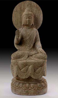 An antique Chinese Stone Buddha Statue of Shakyamuni in Protection-Mudra [Gesture]