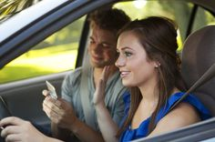 Top 10 Distractions For New Drivers [SLIDESHOW]