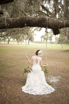 What a lovely bridal portrait - plus points for the beautiful wedding dress and veil #bride #woodland #forestwedding