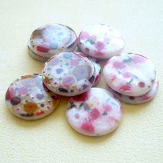 Glass Flower Beads 20mm (set of 10) by jewelry56 on Etsy, $4.00