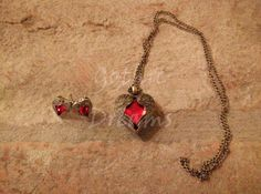 Elegant gothic paroure with heart shaped necklace and earrings
