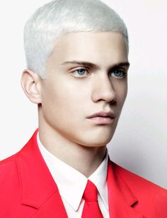 if my hair like this, is there any friends who want to close with me?hha.. #platinum blonde