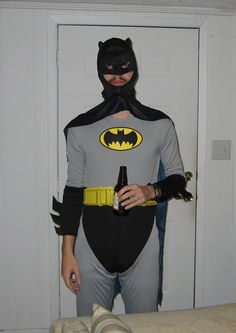 I'm Batman? 15 Worst Batman Costumes Ever :) Crazy Halloween Costumes, Batman Costumes, Creepy Costumes, Humor Batman, Im Batman, Funny Batman, Batman Stuff, Superman, Cosplay Fail