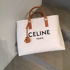 The Top 20 Trending Pictures of Women's style by stylehaus. Celine, Mirrored Aviators, Luxury Bags, Reusable Tote Bags, Chanel, Purses, My Style, Womens Fashion, Gifts