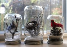 Turn ordinary mason jars into woodland snowglobes complete with birds, nests and snow. Woodland Christmas, Christmas Fun, Christmas Decorations, Country Christmas, Diy Snow Globe, Snow Globes, Diy Craft Projects, Decor Crafts, Mason Jar Crafts