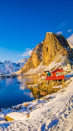 For people who have a sensual and erotic attraction to nature and know how to express it. Places To Travel, Places To Visit, Best Nature Wallpapers, Nature Photography, Travel Photography, Norway Oslo, Easy Jet, Landscape Wallpaper, Solo Travel