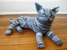 Ravelry: Nuvo the Gray Tabby pattern by Dyah Dyanita