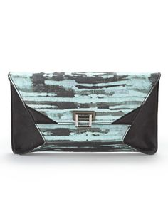 Only have a Benjamin to spend on a new purse? No problem. #bargain #RachelRoy #clutch