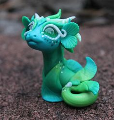 Reserved order for Iris Green and Blue Bitty by BittyBiteyOnes Polymer Clay Dragon, Polymer Clay Figures, Polymer Clay Sculptures, Polymer Clay Animals, Cute Polymer Clay, Cute Clay, Polymer Clay Miniatures, Polymer Clay Creations, Sculpture Clay