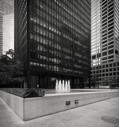 Ludwig Mies van der Rohe (1886-1969) with Philip Johnson (1906-2005) | The Seagram Building | 375 Park Avenue | New York | 1958 | Photo: Christopher Schroeer-Heiermann