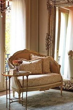 Perfect for a sitting or dressing room, the Devereaux Settee is a breath-taking retreat complete with detailed hand-carvings bedeck beechwood frame and luscious cream and ivory fabrics.