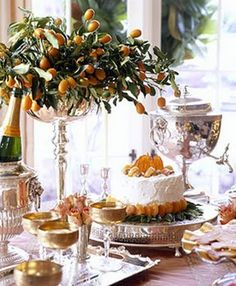 Beautiful buffet made all the more with the use of kumquats for the floral arrangement of course silverplate. Decoration Evenementielle, Table Decorations, Christmas Decorations, Table D Hote, Entertainment Table, Table Design, Beautiful Table Settings, Deco Table, Home And Deco