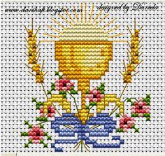 CALIZ-ESPIGA Baby Embroidery, Cross Stitch Embroidery, Cross Stitch Designs, Cross Stitch Patterns, Boy Baptism Centerpieces, Première Communion, Chicken Scratch Embroidery, Cross Stitch Angels, Christian Symbols
