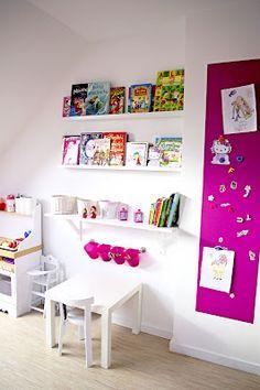 girls room, craft room, book shelves