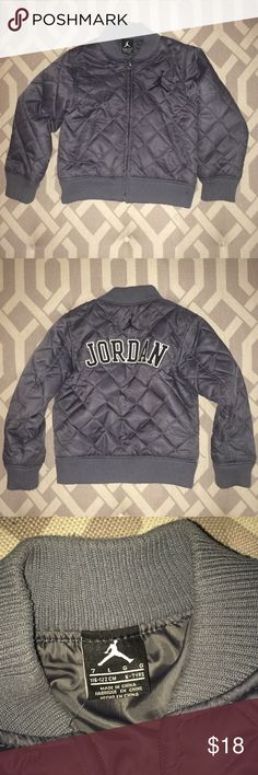 """Boys' Jordan Puffer Coat, Size 7 Cool classic alert! Steel gray puffer coat with """"Jordan"""" logo across the back. In good condition! No stains or tears. Some pilling on wrist and waistband. Otherwise 👍. Jordan Jackets & Coats Puffers"""