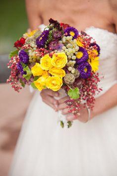 What a vibrant bouquet! Designed by http://bearflagfarmbride.com. Photography by http://jenniferskog.com