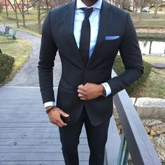 Mariage homme man suit slim fit Navy Custom made Business Wedding Grooman Suits for men smoking para hombre Urban Fashion, Mens Fashion, Style Fashion, Fashion Trends, Men With Street Style, Herren Outfit, Classy Men, Mens Style Guide, Suit And Tie