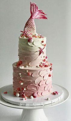 mermaid buttercream cake cakes creative 30 Most Creative and Pretty Wedding Cakes - MODwedding Pretty Wedding Cakes, Creative Wedding Cakes, Wedding Cake Photos, Pretty Cakes, Cute Cakes, Creative Cakes, Beautiful Cakes, Amazing Cakes, Wedding Cupcakes