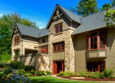 Wooded Highlands - traditional - exterior - seattle - AOME Architects