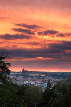 praha sunset from riegrovy sady park where we got engaged x