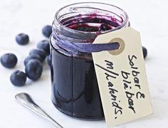 Blåbær-solbær-marmelade med lakrids | SPIS BEDRE