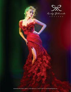 Olga Oreshko in flaming #red #dress #gown #ruffles by Rusly Tjohnardi Atelier | photo by Marsio Juwono #RuslyTjohnardiAtelier