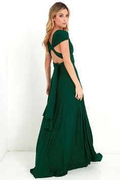 As Seen On Kyrzayda of Kyrzayda blog! Versatility at its finest, the Tricks of the Trade Forest Green Maxi Dress knows a trick or two... or…
