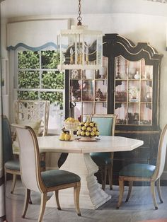 Colorful Dining Room Set Up  Kendall Simmons  Dining Rooms Best Kendall Dining Room Design Ideas