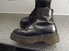 Doc Martens boots extra thick air wear sole...
