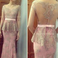 10 Timeless Looks That Will Never Go out of Style Kebaya Peplum, Kebaya Lace, Batik Kebaya, Batik Dress, Kimono, Vera Kebaya, Batik Fashion, Hijab Fashion, Fasion