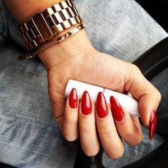 Red claw nails
