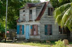 Columbus Travel, I Love School, South America, Cabin, Architecture, House Styles, Building, Art, Home Decor